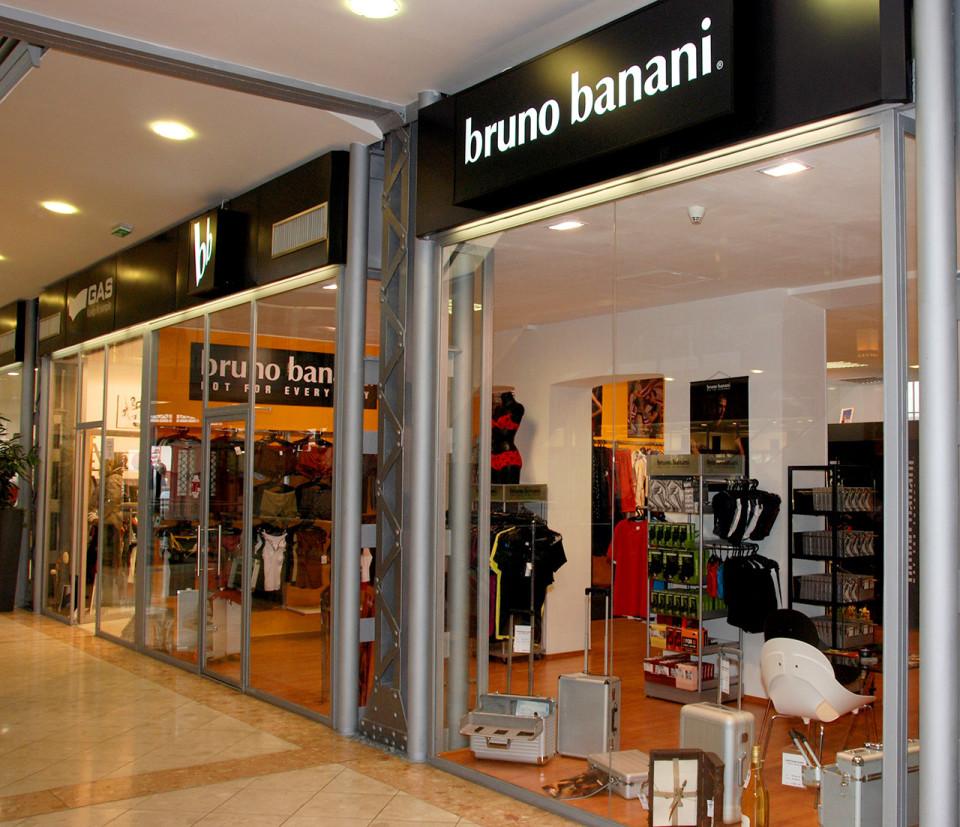 Bruno Banani - vybavení obchodu, design obchodu
