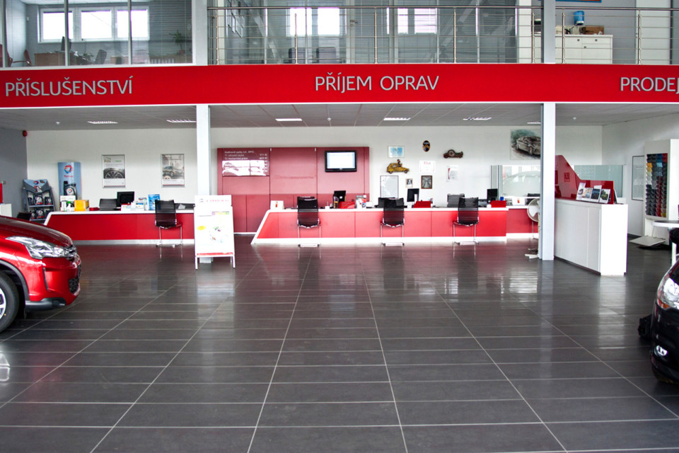 Citroën show room design - vybavení obchodu, design obchodu