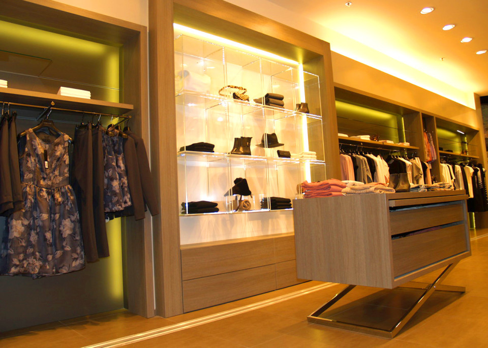 Pietro Filipi - design prodejny - vybavení obchodu, design obchodu